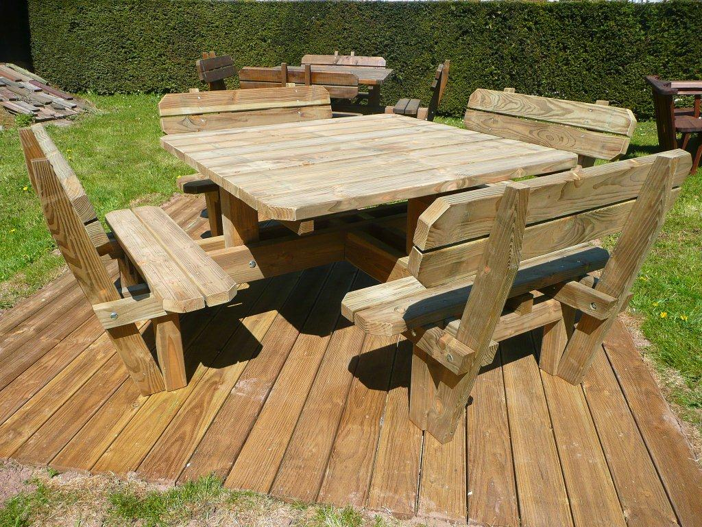 Emejing table de jardin bois vosges images amazing house for Table de jardin en bois