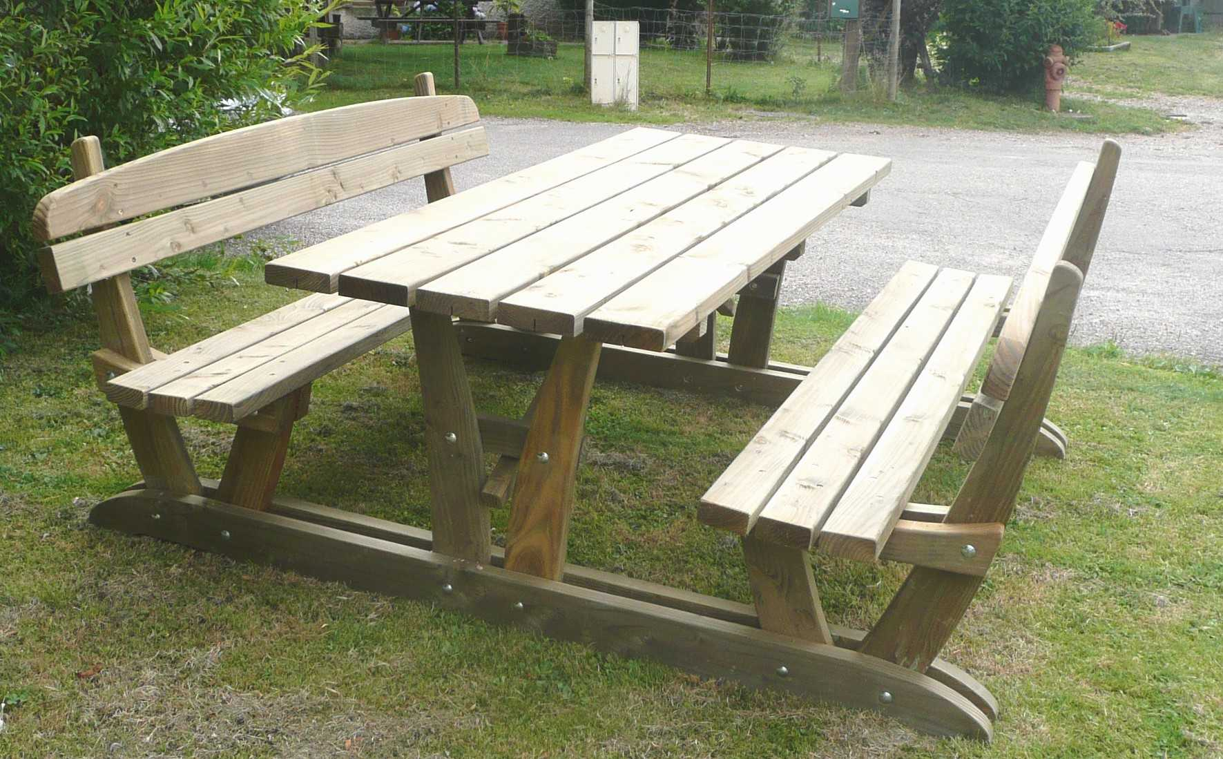 Table jardin avec banc for Banc de table en bois