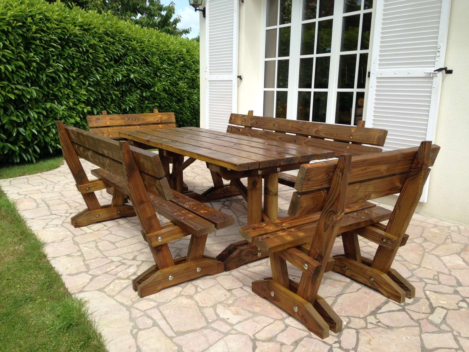 Sarl sciebois fabricant de mobiliers d 39 ext rieur en bois for Table exterieur sur mesure